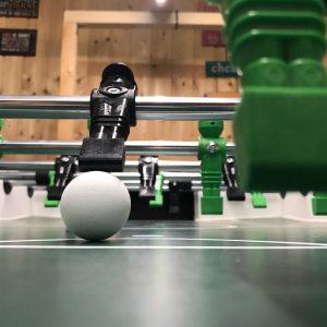 Tischfußball ist Technik & Geschwindigkeit.